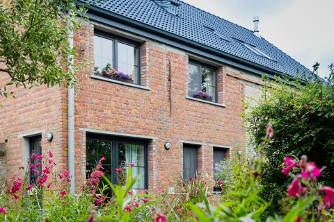 Bed and breakfast Destiny - Maldegem - ontbijten in de tuin.